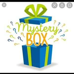 MYSTERY BOX SIZE S